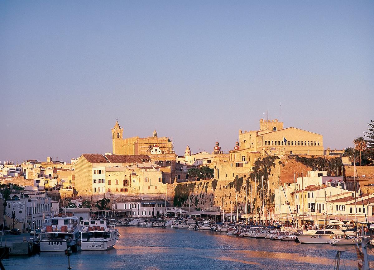 Menorca Ciudadela Puerto Pristav