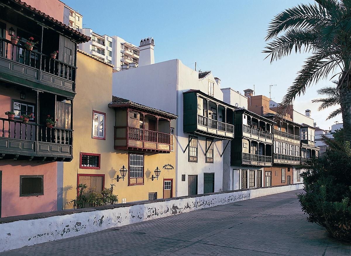 La Palma Santa Cruz casas con balcones