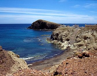 Almería zátoka a pláž v Cabo de Gata