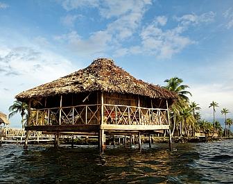 Yandup Island Lodge_chatka