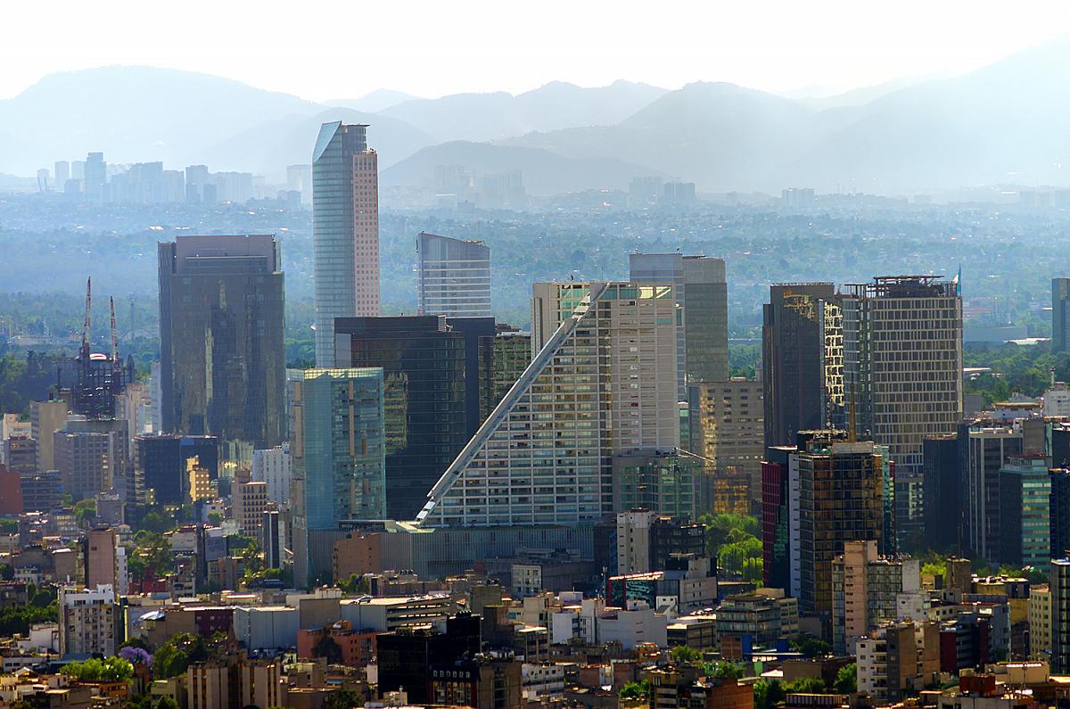 Pohled na centrum metropole Ciudad de México