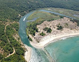 Ústí řeky Ropotamo