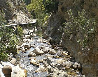 Zelený kaňon (přehrada Oymapinar)