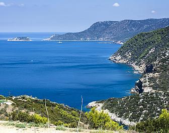 Alonissos, pohled na pobřeží